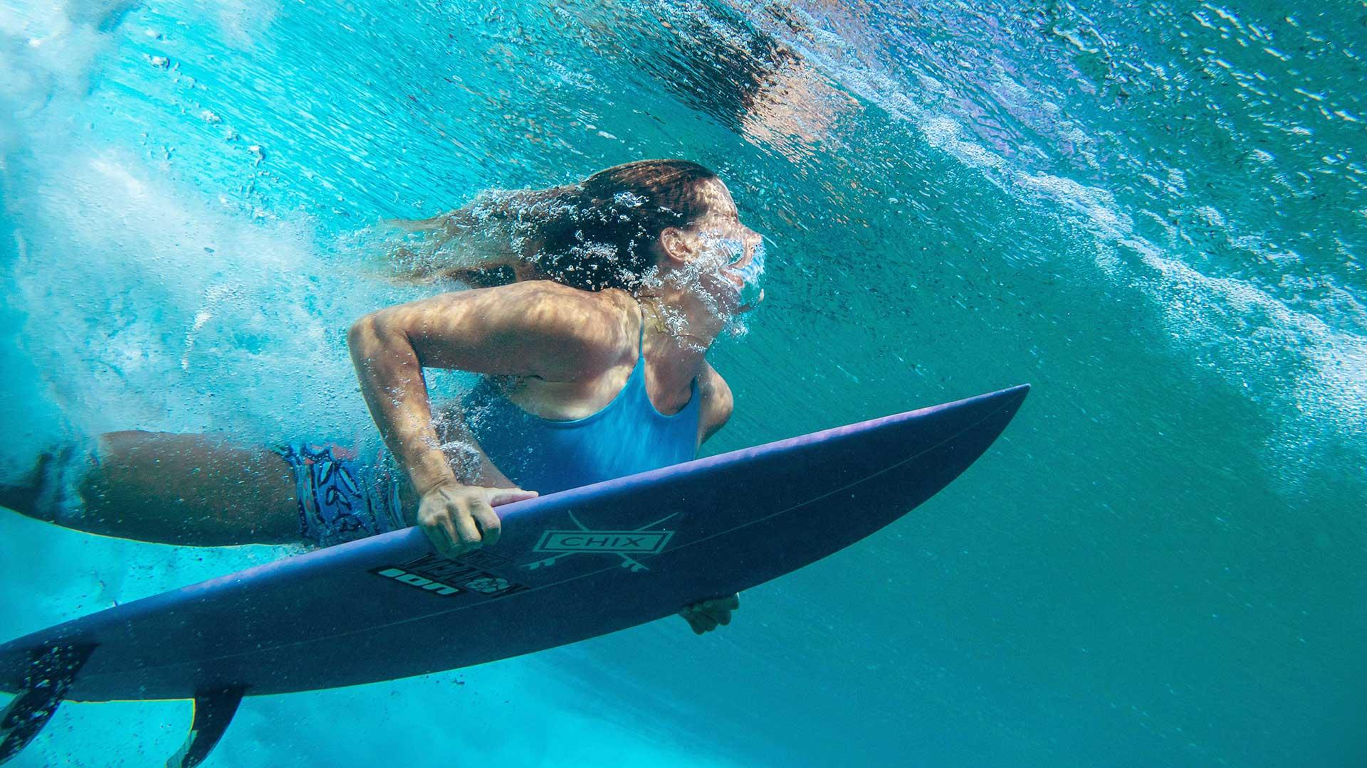 Duck-diving - Gee Cormack Chix Surf School